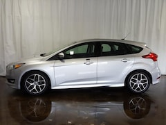 Used 2016 Ford Focus HB SE Sedan S197992 in Cuyahoga Falls