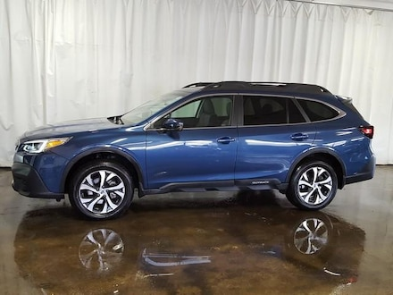Featured Used 2020 Subaru Outback Limited CVT SUV for Sale near Hudson, OH