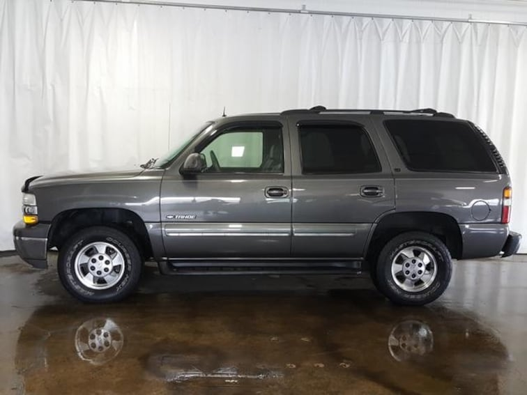 Used 2002 Chevrolet Tahoe 1500 4WD LT SUV for sale in Cuyahoga Falls, OH