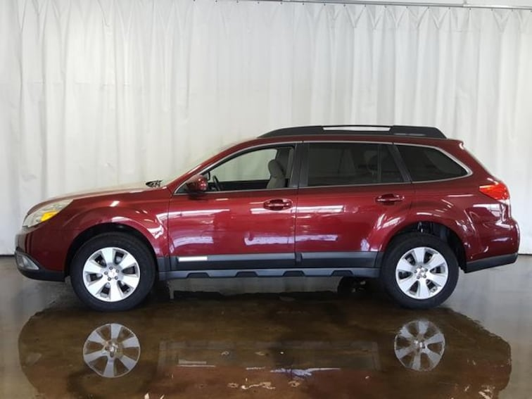 Used 2011 Subaru Outback Wgn H4 Auto 2.5i Prem AWP/Pwr Moon Wagon for sale in Cuyahoga Falls, OH