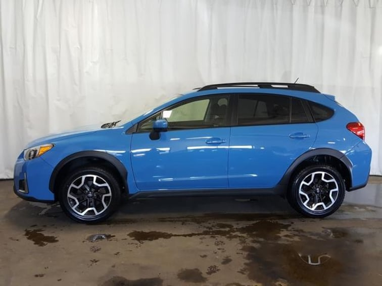 Used 2016 Subaru Crosstrek Man 2.0i Premium SUV for sale in Cuyahoga Falls, OH