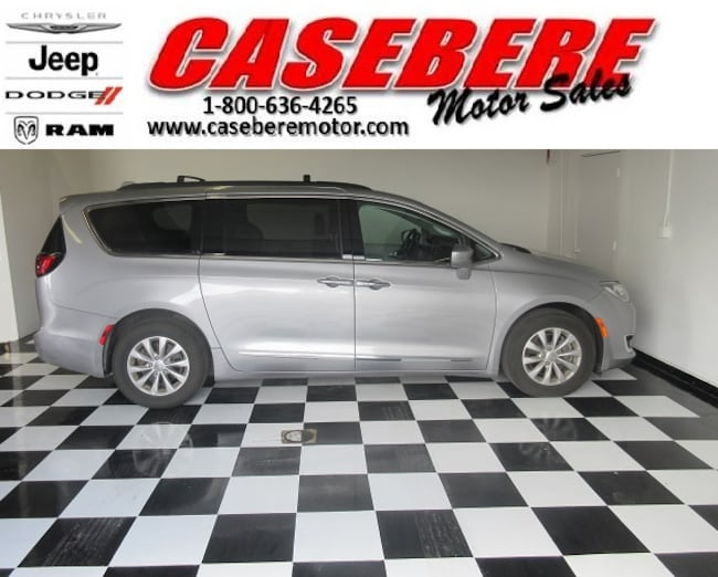 Used 2017 Chrysler Pacifica Touring L For Sale In Bryan Oh 2101u