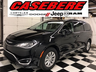 New 2019 Chrysler Pacifica TOURING L Passenger Van for sale near Toledo