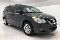Discounted bargain used vehicles 2012 Volkswagen Routan SE Minivan/Van for sale near you in Stafford, VA