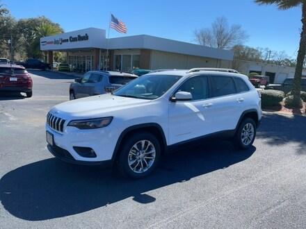 2021 Jeep Cherokee LATITUDE PLUS FWD Sport Utility