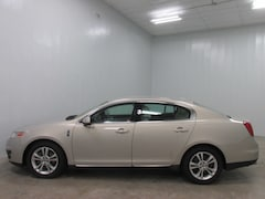 2009 Lincoln MKS Base Car