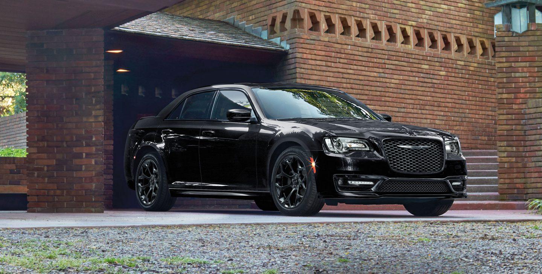 2018 Chrysler 300 Front Side Black Exterior