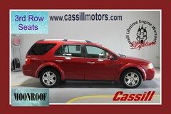 Bargain Used 2007 Ford Freestyle Limited Wagon for sale near you in Cedar Rapids, IA