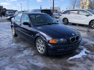 2001 BMW 325 i/AS-IS Sedan