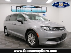 Used 2017 Chrysler Pacifica LX LX FWD