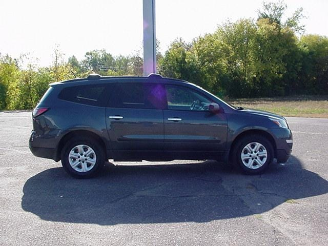 Used 2014 Chevrolet Traverse LS with VIN 1GNKRFKD6EJ143559 for sale in Pine City, Minnesota