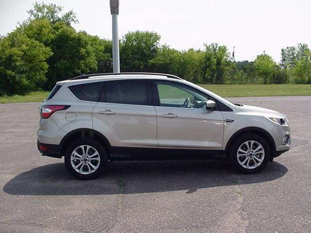 Used 2018 Ford Escape SE with VIN 1FMCU9GD8JUB53908 for sale in Pine City, Minnesota