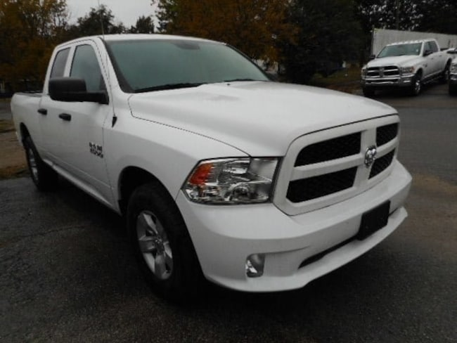 New 2018 Ram 1500 EXPRESS QUAD CAB 4X2 6'4 BOX Quad Cab Near Paragound