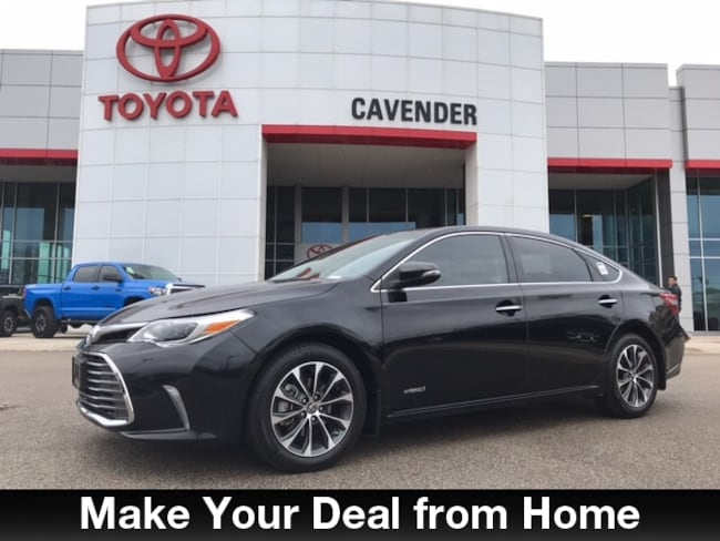 Used 2016 Toyota Avalon Hybrid XLE Premium Sedan San Antonio
