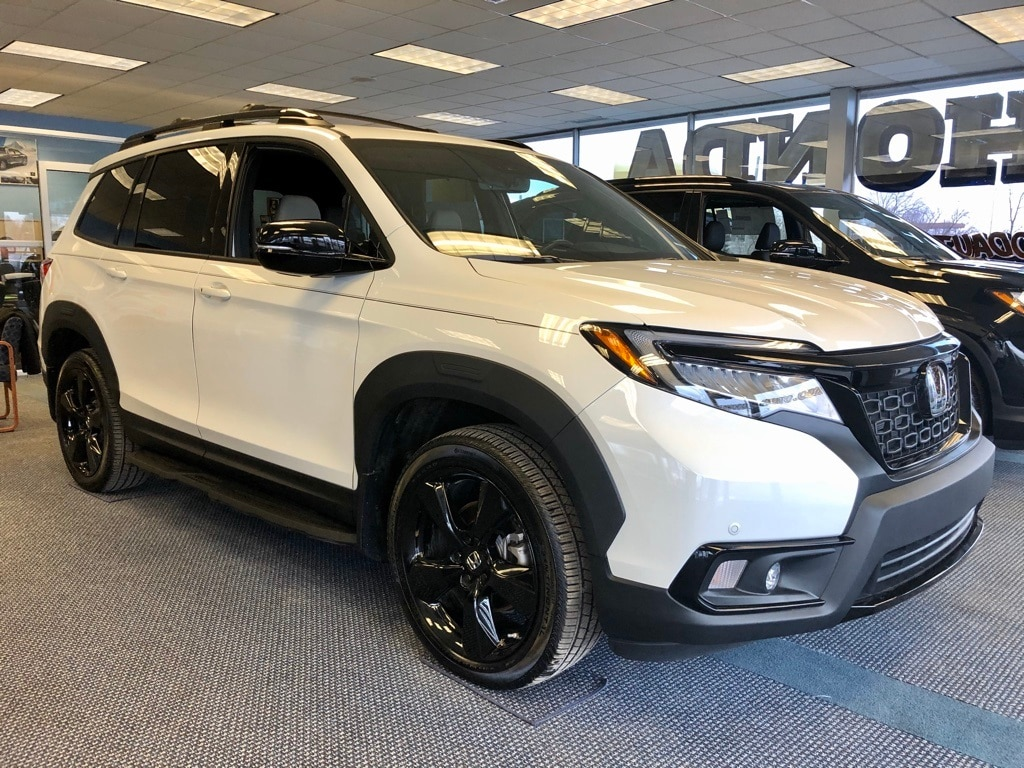 Featured New 2019 Honda Passport Elite AWD SUV for sale in Port Huron, MI