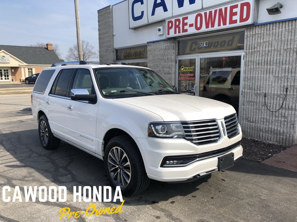 Featured Used 2016 Lincoln Navigator Select SUV for sale in Port Huron, MI