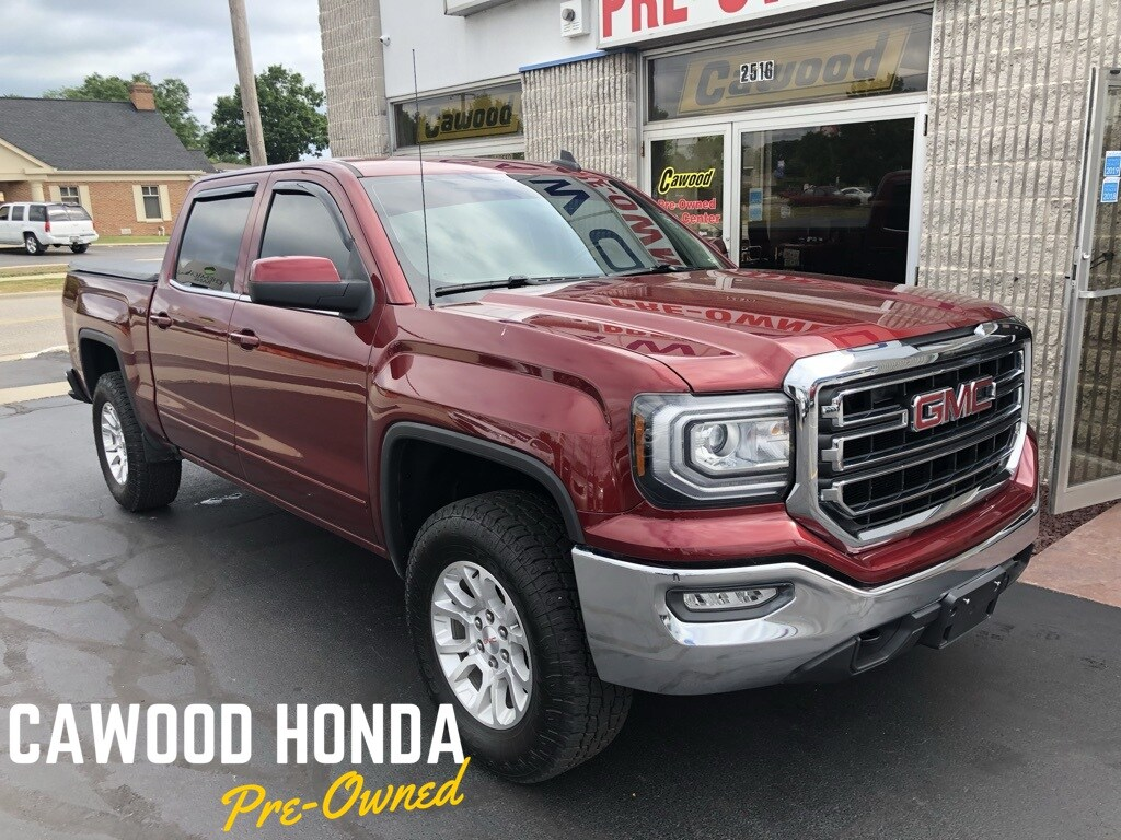 Featured Used 2016 GMC Sierra 1500 SLE Truck for sale in Port Huron, MI