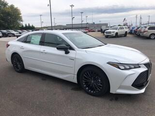 New 2020 Toyota Avalon Hybrid XSE Sedan in Marietta, OH
