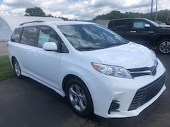 new 2020 Toyota Sienna LE 8 Passenger Van for sale in Marietta OH