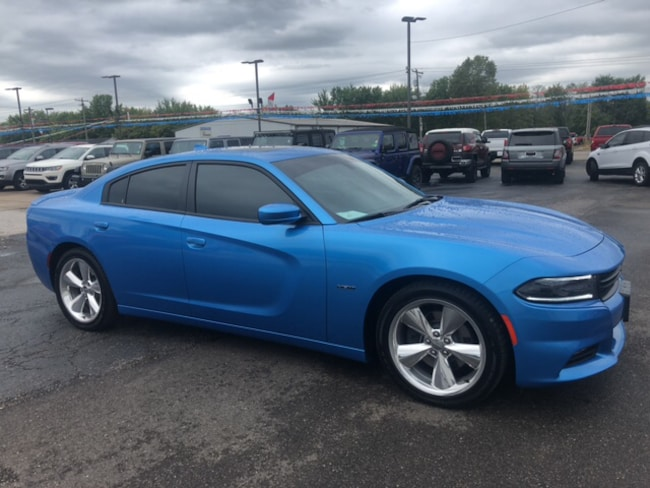 Used 2015 Dodge Charger Road/Track Sedan For Sale in Marietta, OH