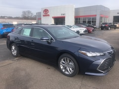 new 2020 Toyota Avalon XLE Sedan for sale in Marietta OH