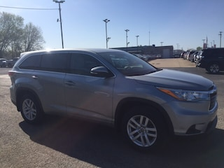 Used 2016 Toyota Highlander LE SUV in Marietta, OH