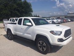 new 2018 Toyota Tacoma 4X4 TRD Sport V6 Truck Access Cab for sale in Marietta OH