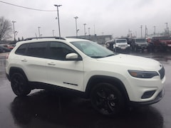 New 2019 Jeep Cherokee Latitude Plus 4x4 SUV for sale or lease in Marietta, OH