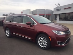 New 2019 Chrysler Pacifica Touring L Van Passenger Van for sale or lease in Marietta, OH