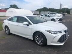 new 2020 Toyota Avalon Hybrid XLE Sedan for sale in Marietta OH