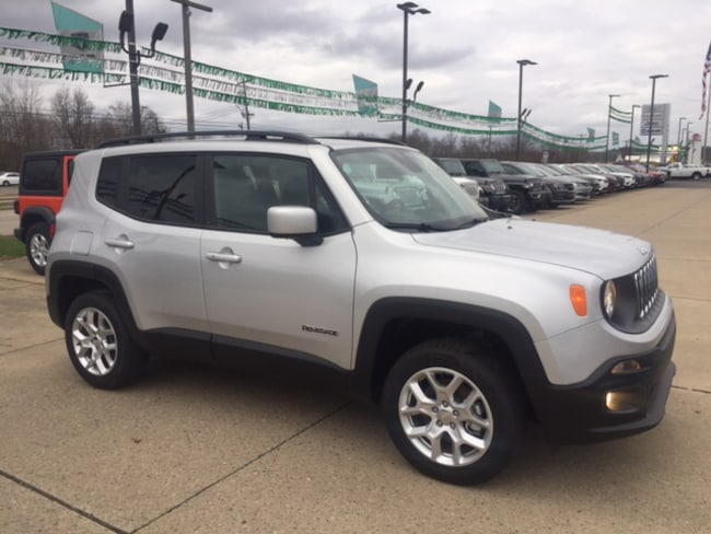 New 2018 Jeep Renegade Latitude 4x4 SUV for sale or lease in Marietta, OH
