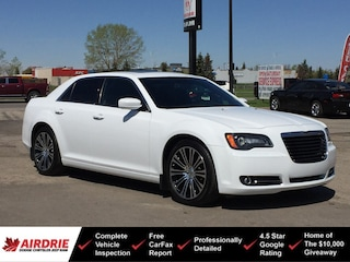 2013 Chrysler 300 S - Nav! Panoramic Sunroof! Sedan