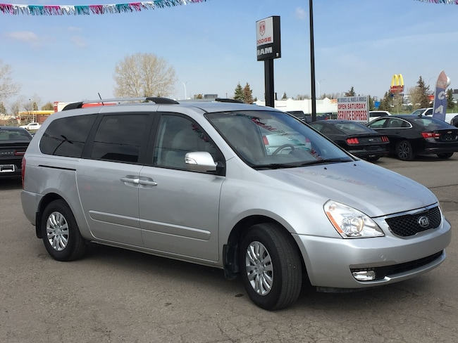 2014 Kia Sedona LX - Heated Seats! Great Shape!
