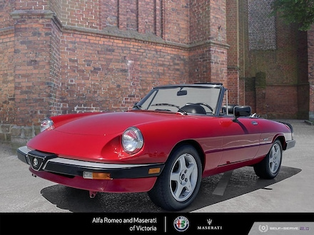 1987 Alfa Romeo Pre-Owned Vehicle (1990 or Older) Spider, Graduate Edition