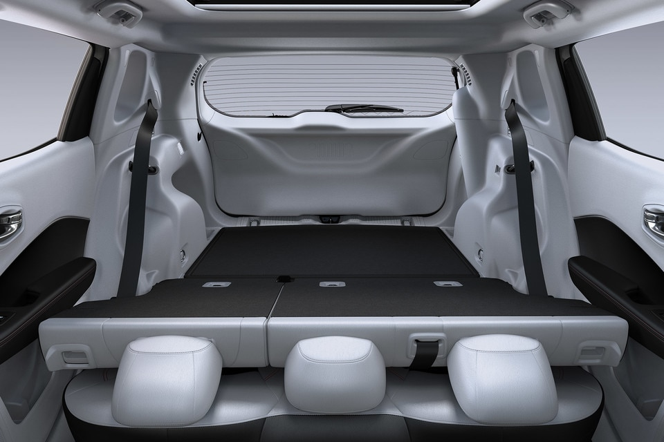 2021 Jeep Compass Back Seats Folded Down