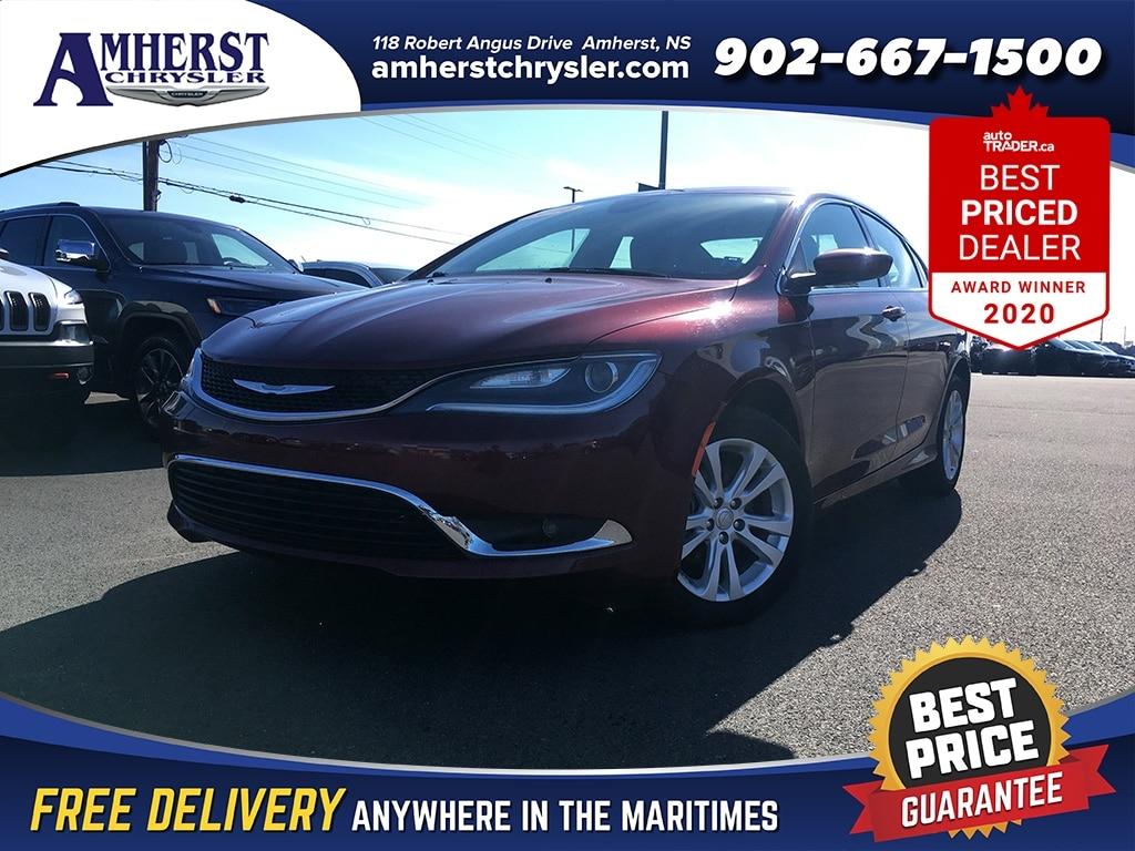 2016 Chrysler 200 Limited,$105b/w,Heated seats/Steering Wheel,Remote Sedan