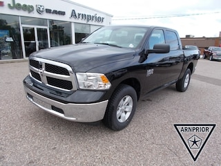New 2019 Ram 1500 Classic ST Camion cabine Crew for sale in Arnprior, ON