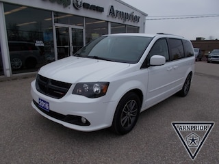 Pre-Owned 2016 Dodge Grand Caravan SE/SXT Van Passenger Van for sale in Arnprior, ON