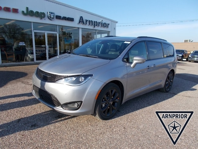 New 2019 Chrysler Pacifica Limited Van for sale in Arnprior, ON