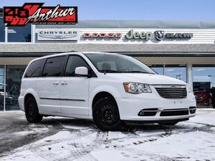 2014 Chrysler Town & Country Touring Van Passenger Van