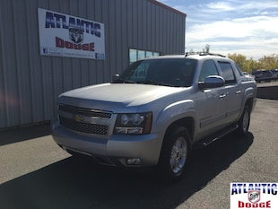 2011 Chevrolet Avalanche Truck