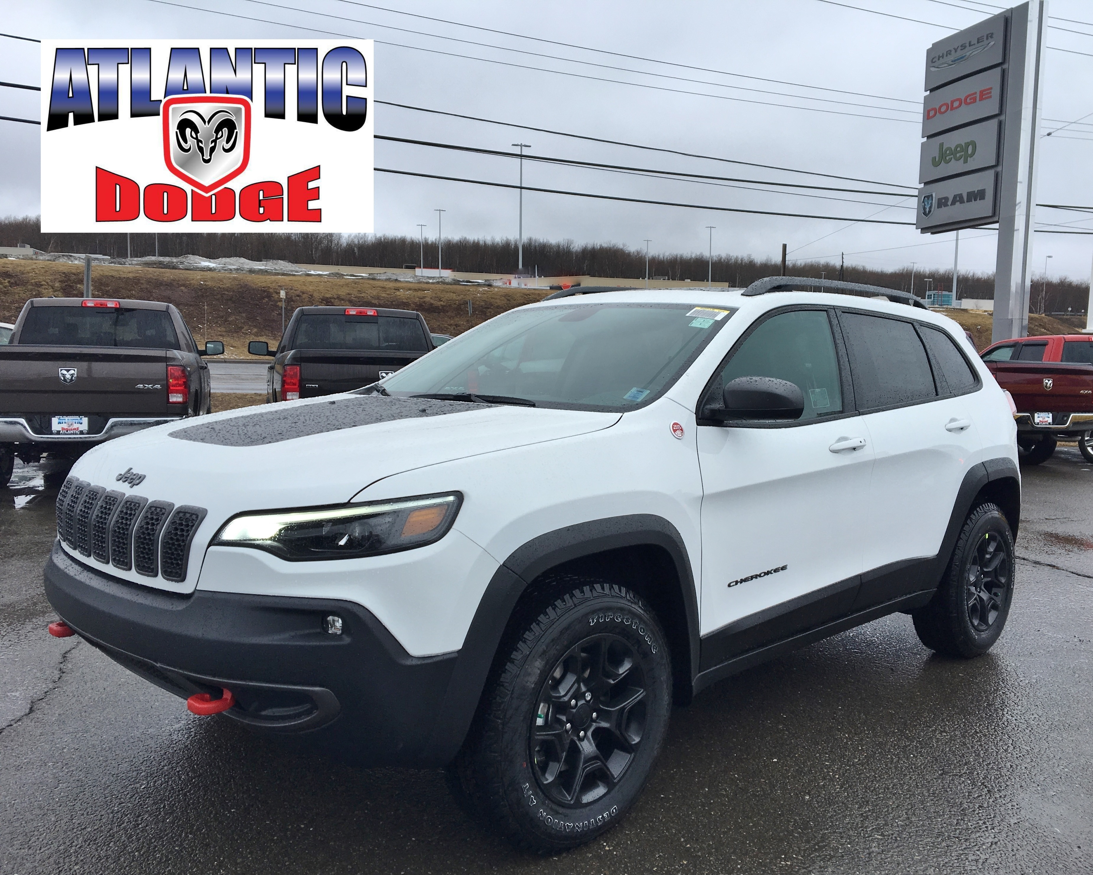drive auto roadshow preview review jeep cherokee price trackhawk first grand