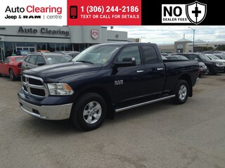 2017 Ram 1500 3.6L SLT 4WD with Backup Camera & Bluetooth Camion