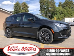 2020 Chrysler Pacifica Touring-L Plus 35th Anniversary Edition...NAV*DVD! Van