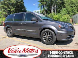 2015 Chrysler Town & Country S...DVD*NAV*LEATHER! Minivan