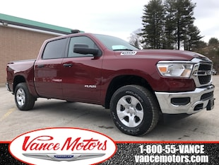 2019 Ram All-New 1500 SXT 4x4...BACKUP CAM*TOW*BEDLINER! Truck Crew Cab