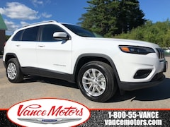 2019 Jeep New Cherokee North 4x4...BACKUP CAM*HTD SEATS*BLUETOOTH! SUV
