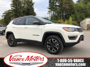2020 Jeep Compass Trailhawk 4x4...LEATHER*HTD SEATS*NAV! SUV