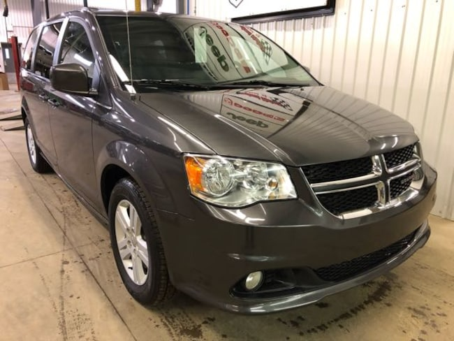2018 Dodge Grand Caravan Crew Plus with Leather Van