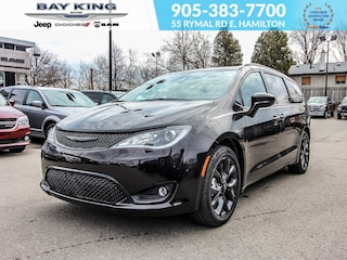 2019 Chrysler Pacifica Sunroof, Power Sliding Doors, Wifi Hotspot, DVD Van
